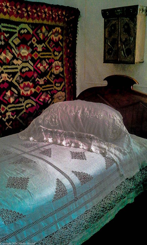 Shalom's original bed at the Shalom Aleichem museum in Pereyaslav.